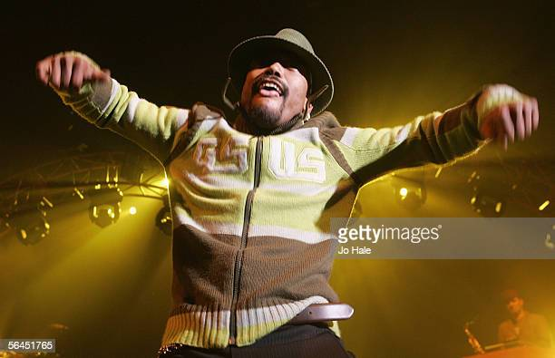 WillIAm of the Black Eyed Peas performs on stage in support of their album Monkey Business at the Carling Apollo Hammersmith on December 18 2005 in...