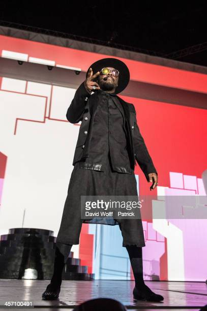 Will.i.am performs at Palais Omnisports de Bercy on December 16, 2013 in Paris, France.