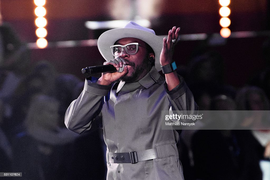 Will.I.Am performs during the finals of 'Germany's Next Topmodel' at Coliseo Balear on May 12, 2016 in Palma de Mallorca, Spain.