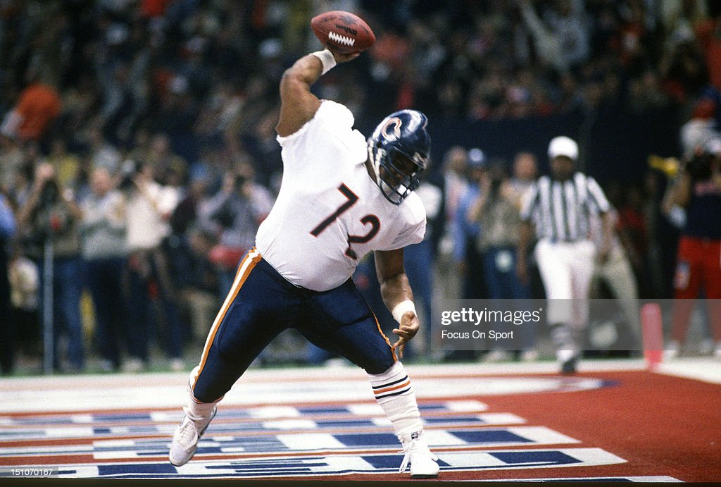 Super Bowl XX - Chicago Bears v New England Patriots : News Photo