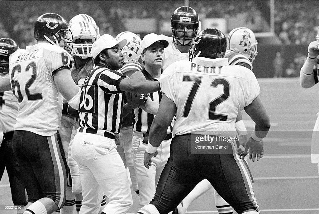 Super Bowl XX - Bears v Patriots : News Photo