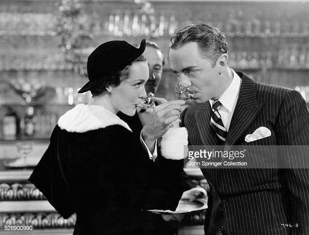 1934 William Powell as Nick and Maureen O'Sullivan as Dorothy in a scene from The Thin Man