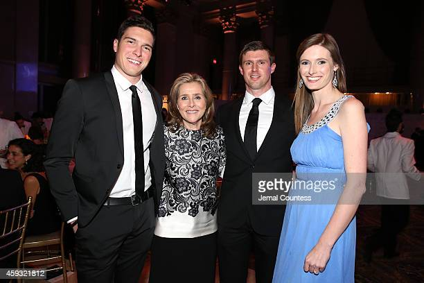 William Reeve Meredith Vieira Matthew Reeve and Alexandra Reeve Givens attend the The Christopher Dana Reeve Foundation 'A Magical Evening' on...