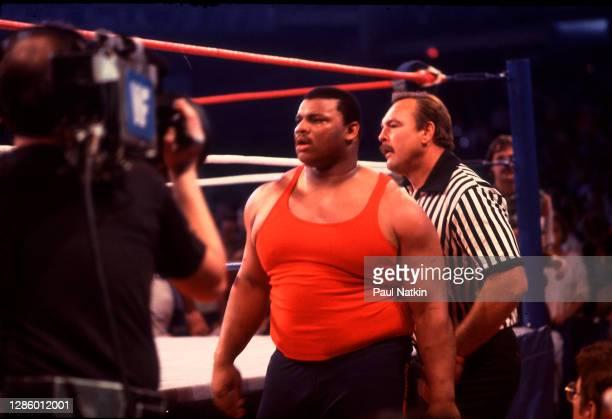 "William ""Refrigerator"" Perry with referree Dick Butkus at Wrestlemania 2 at the Rosemont Horizon in Rosemont, Illinois April 7,1986."
