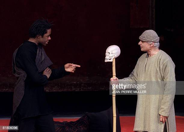 William Shakespeare's Tragedy of Hamlet characters are performed 24 November 2000 in English by British actors Adrian Lester and by Bruce Myers in...
