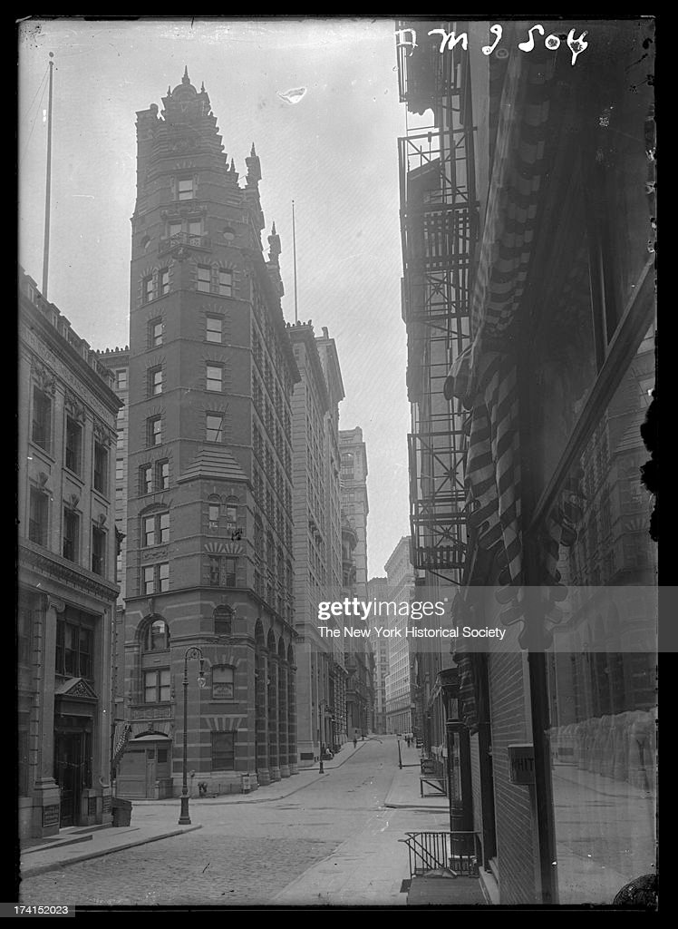 William Street, looking south to Maiden Lane, showing 80