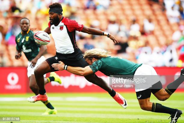 William Tirang of Papua New Guinea makes a break during the 2018 New Zealand Sevens at FMG Stadium on February 3, 2018 in Hamilton, New Zealand.