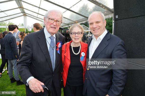 William vanden Heuvel Sue Ann Kahn and Nathaniel Kahn attend the Franklin D Roosevelt Four Freedoms Park's gala honoring Founder Ambassador William J...
