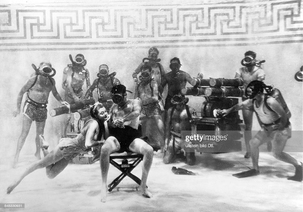 Williams, Esther - Swimmer, actress, USA - *08.08.1921- at shootings ...