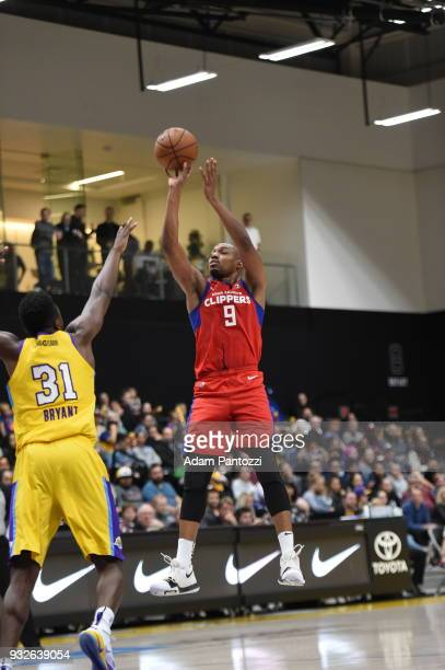 J Williams of the Agua Caliente Clippers shoots the ball against the South Bay Lakers during an NBA GLeague game on March 15 2018 at UCLA Heath...
