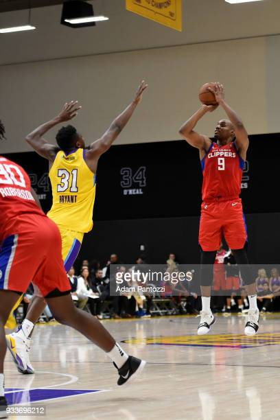 1eded00f2 J Williams of the Agua Caliente Clippers shoots the ball against the South  Bay Lakers during