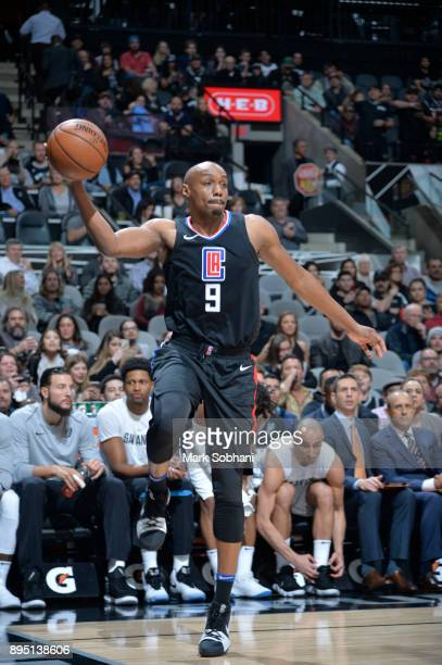 J Williams of the LA Clippers handles the ball against the San Antonio Spurs on December 18 2017 at the ATT Center in San Antonio Texas NOTE TO USER...
