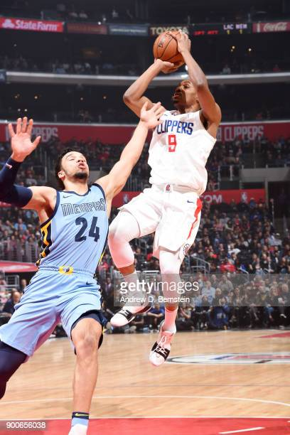 J Williams of the LA Clippers shoots the ball during the game against the Memphis Grizzlies on January 2 2018 at STAPLES Center in Los Angeles...
