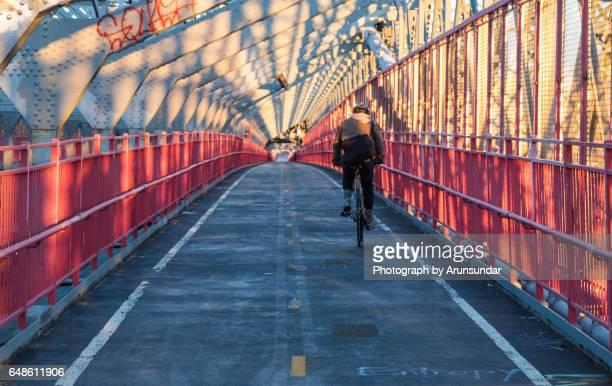 williamsburg bridge - williamsburg brooklyn fotografías e imágenes de stock