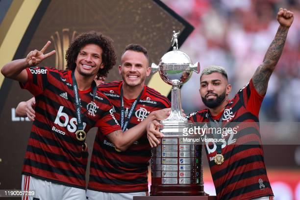 Willian Arao Rene Gabriel Barbosa of Flamengo celebrates with the CONMEBOL trophy after winning the final match of Copa CONMEBOL Libertadores 2019...