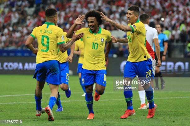 Willian of Brazil celebrates after scoring the fifth goal of his team during the Copa America Brazil 2019 group A match between Peru and Brazil at...