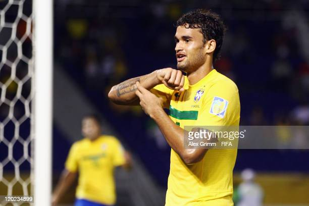 Willian of Brazil celebrates his team's third goal during the FIFA U20 World Cup Group E match between Brazil and Austria at Estadio Metropolitano...