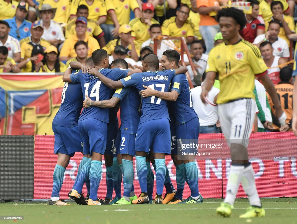 Top Brazil World Cup 2018 - willian-of-brazil-celebrates-with-teammates-after-scoring-the-opening-picture-id843055284  Perfect Image Reference_555989 .com/photos/willian-of-brazil-celebrates-with-teammates-after-scoring-the-opening-picture-id843055284