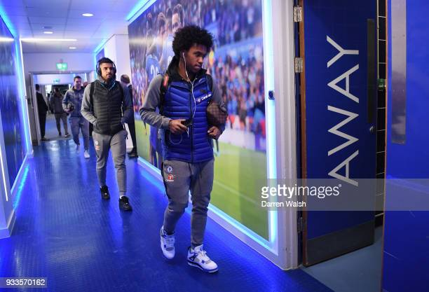 Willian of Chelsea arrives prior to The Emirates FA Cup Quarter Final match between Leicester City and Chelsea at The King Power Stadium on March 18...