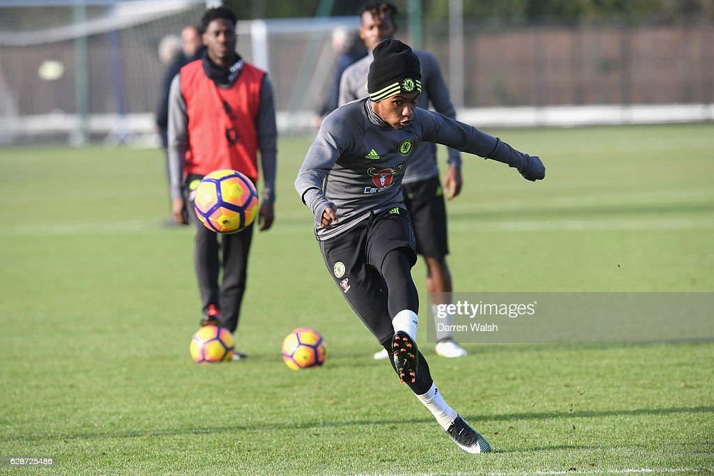 Willian of Chelsea during a training session at Chelsea Training Ground on December 9, 2016 in Cobham, England.