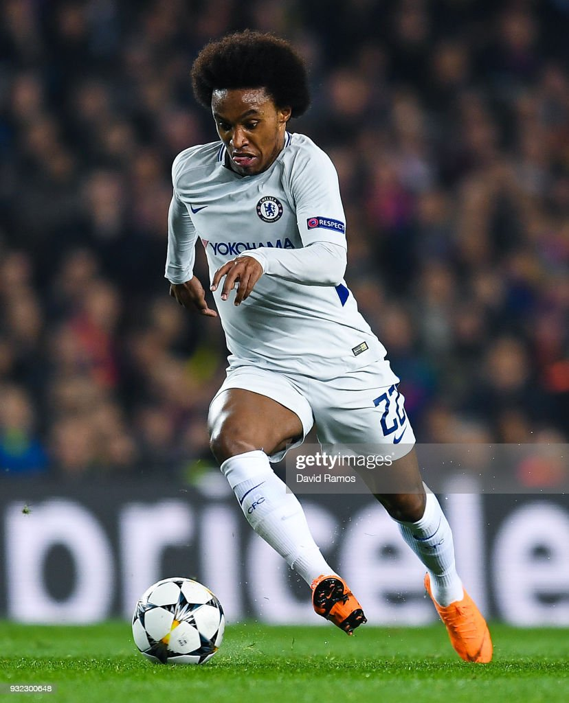 Willian of Chelsea FC runs with the ball during the UEFA Champions League Round of 16 Second Leg match FC Barcelona and Chelsea FC at Camp Nou on March 14, 2018 in Barcelona, Spain.