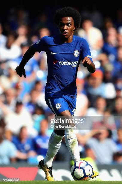 Willian of Chelsea in action during the Premier League match between Chelsea and Everton at Stamford Bridge on August 27 2017 in London England