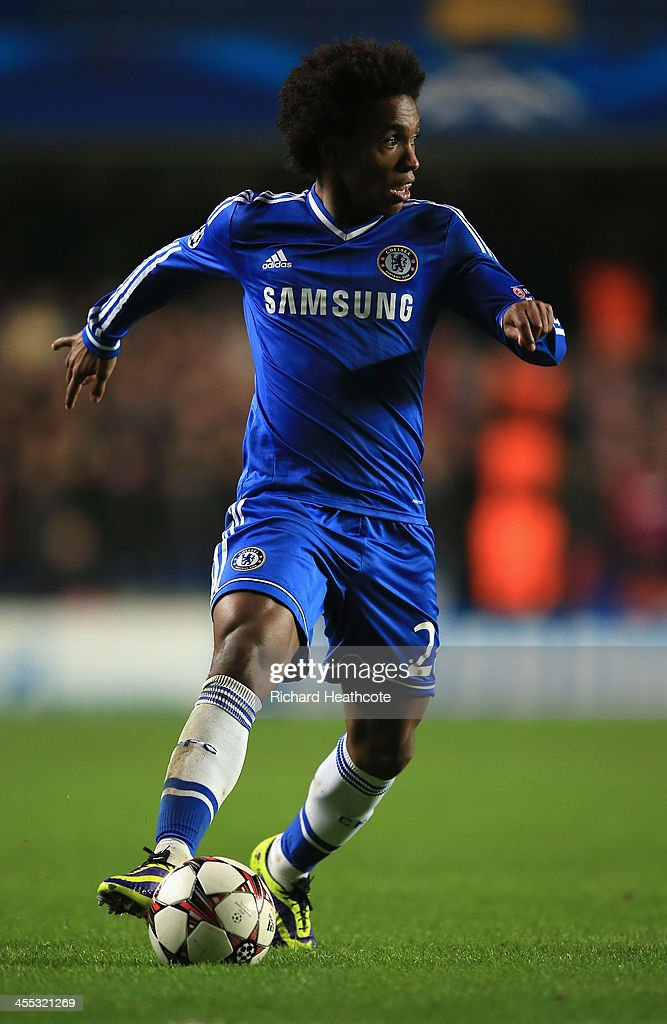 Willian of Chelsea in action during the UEFA Champions League group E match between Chelsea and Steaua Bucuresti at Stamford Bridge on December 11, 2013 in London, England.