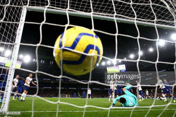 Willian of Chelsea scores his sides first goal during the Premier League match between Tottenham Hotspur and Chelsea FC at Tottenham Hotspur Stadium...