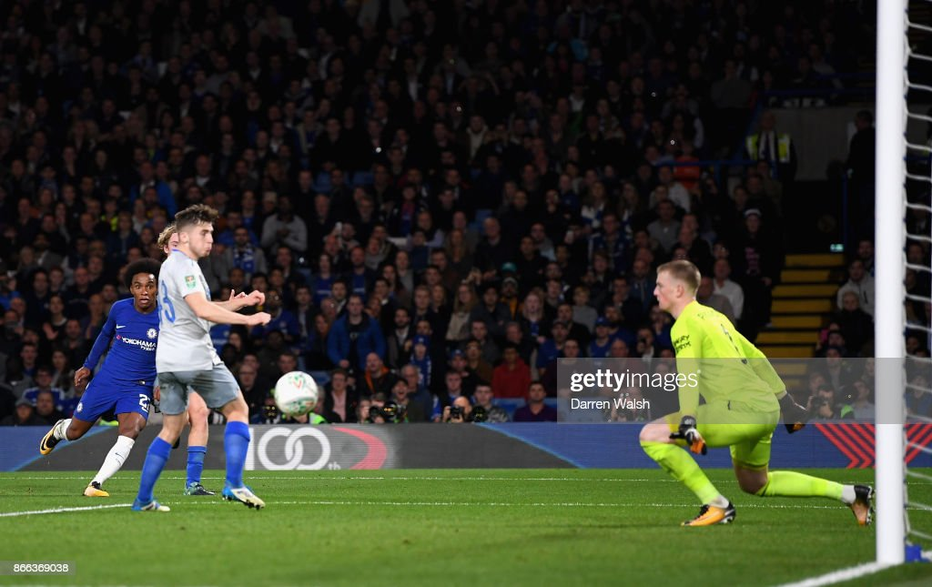 Willian of Chelsea scores his sides second goal during the Carabao Cup Fourth Round match between Chelsea and Everton at Stamford Bridge on October 25, 2017 in London, England.