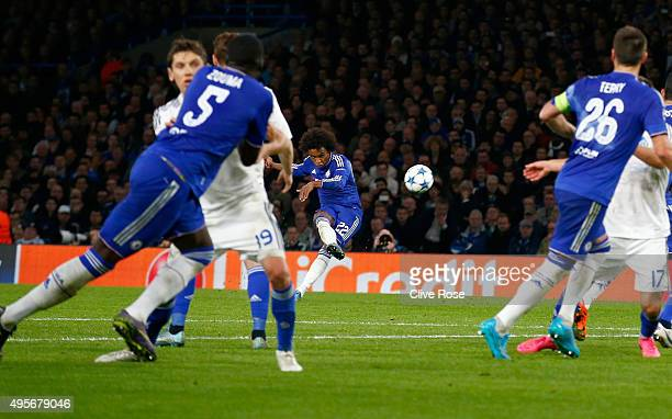 Willian of Chelsea scores his side's second goal during the UEFA Champions League Group G match between Chelsea FC and FC Dynamo Kyiv at Stamford...