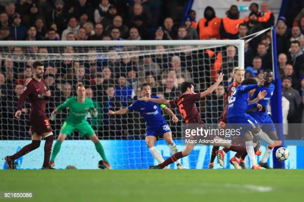 Willian of Chelsea scores the opening goal during the UEFA Champions League Round of 16 First Leg match between Chelsea FC and FC Barcelona at...