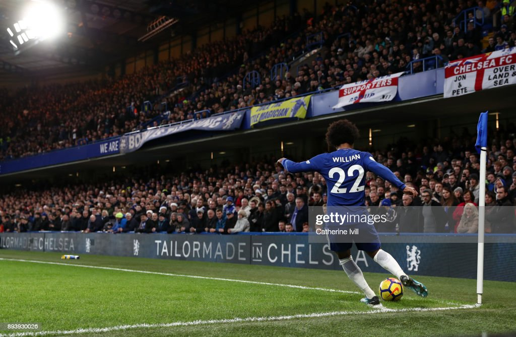 Willian of Chelsea takes a corner kick during the Premier League match between Chelsea and Southampton at Stamford Bridge on December 16, 2017 in London, England.