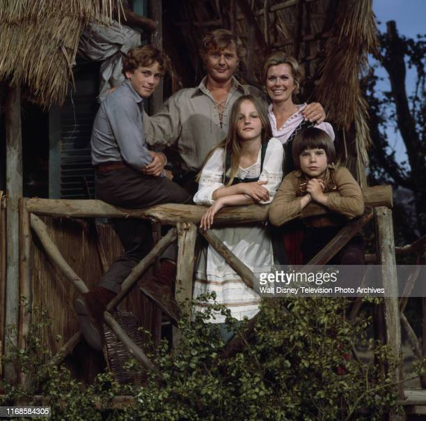 Willie Aames Martin Milner Pat Delany Helen Hunt Eric Olson promotional photo for the ABC tv series 'Swiss Family Robinson'