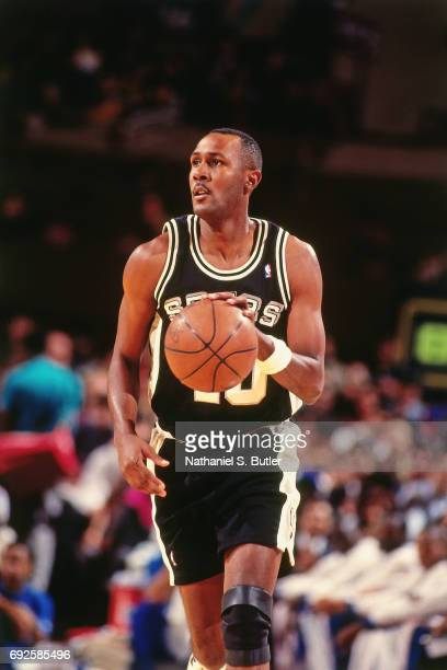 Willie Anderson of the San Antonio Spurs handles the ball against the New York Knicks circa 1994 at Madison Square Garden in New York City NOTE TO...