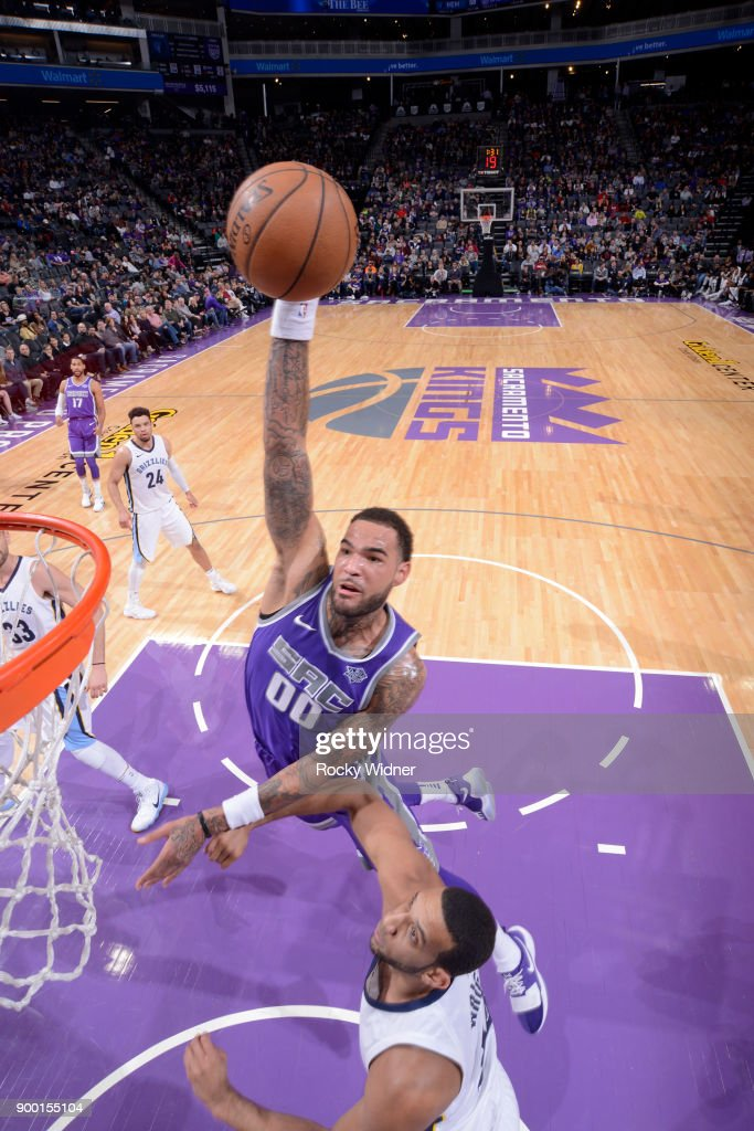 Willie Cauley-Stein #00 of the Sacramento Kings dunks the ball against the Memphis Grizzlies on December 31, 2017 at Golden 1 Center in Sacramento, California.