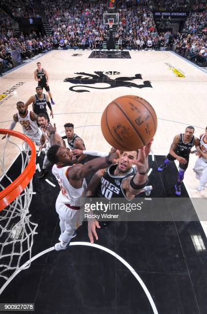 Willie CauleyStein of the Sacramento Kings shoots a layup against Jeff Green of the Cleveland Cavaliers on December 27 2017 at Golden 1 Center in...