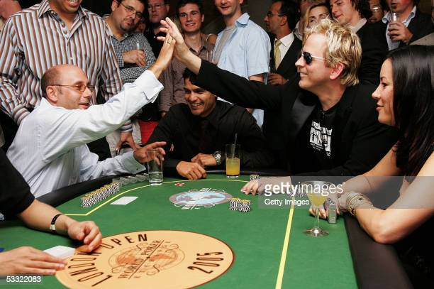 Willie Garson Paul Cheung Nicholas Gonzalez Willie Garson Phil Laak and Jennifer Tilley are seen playing in the celebrity poker tournament at the...