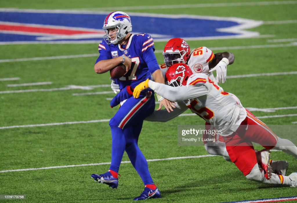 Kansas City Chiefs v Buffalo Bills : News Photo