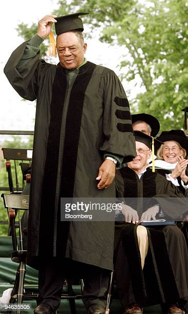 Willie Mays tips his cap to the crowd while accepting a Doctor of Humane Letters honorary degree at Dartmouth College in Hanover, New Hampshire, on...