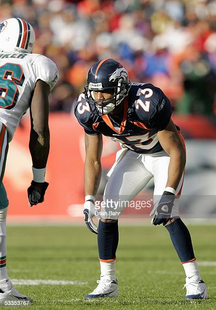 Willie Middlebrooks of the Denver Broncos gets into position during the game against the Miami Dolphins on December 12 2004 at Invesco Field at Mile...
