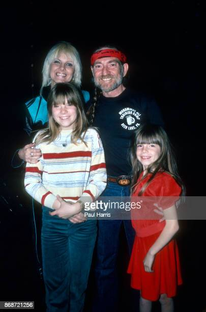 Willie Nelson and his wife in 1980 Connie Koepke and their children Paula Carlene and Amy Lee on June 18 1980 in Las Vegas Nevada