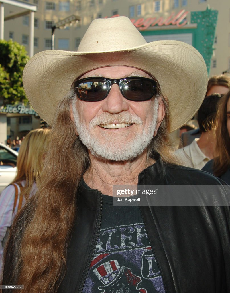 Willie Nelson during 'The Dukes Of Hazzard' Los Angeles Premiere - Arrivals at Grauman's Chinese Theatre in Hollywood, California, United States.