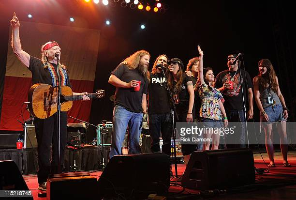 Willie Nelson Family are joined by Jamey Johnson Lukas Nelson Amy Nelson guest guest Randy Houser and guest during Willie Nelson's Country Throwdown...