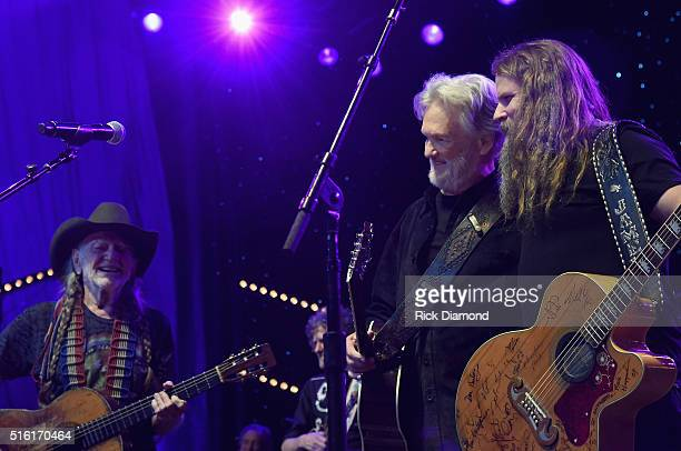 Willie Nelson Kris Kristofferson and Jamey Johnson perform during The Life Songs of Kris Kristofferson produced by Blackbird Presents at Bridgestone...