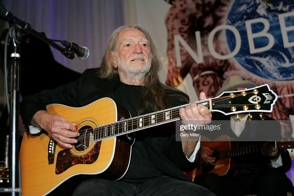 Willie Nelson performs at the Nobelity Project's dinner honoring him with the 'Feed The Peace' award at the Four Seasons Hotel on April 11, 2010 in Austin, Texas.