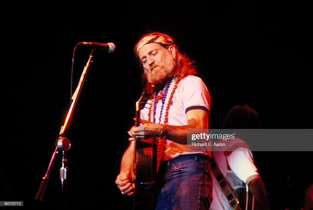 Willie Nelson Performs Live In New York : News Photo