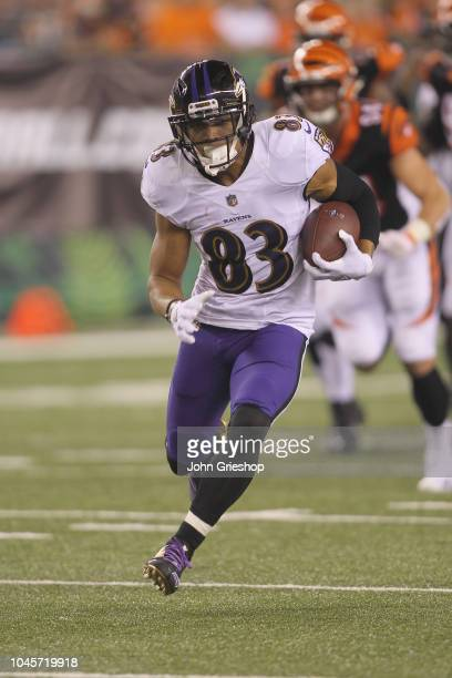 Willie Snead IV of the Baltimore Ravens runs the football upfield during the game against the Cincinnati Bengals at Paul Brown Stadium on September...