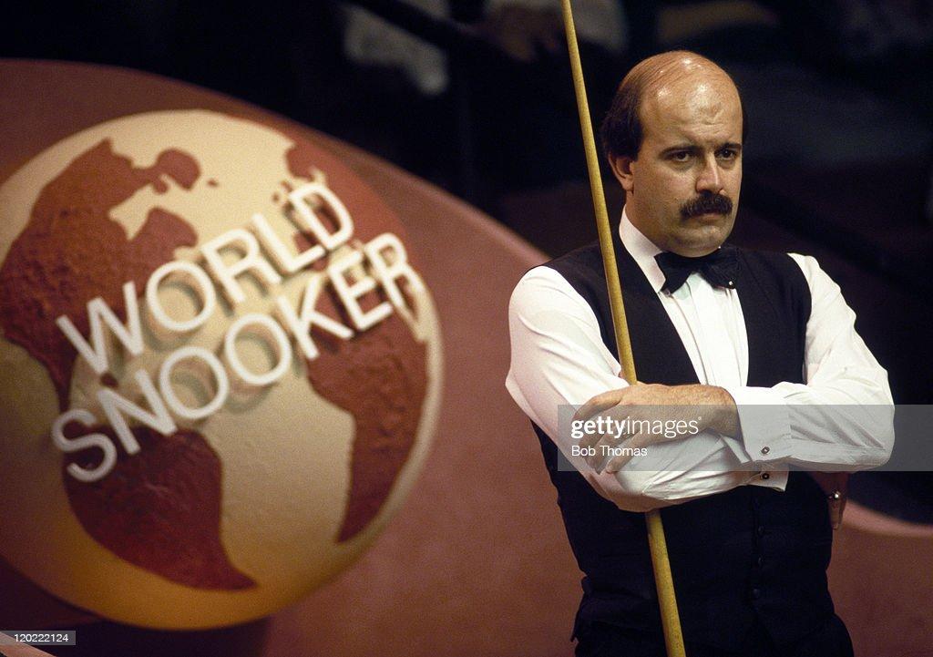 Willie Thorne -  World Snooker Championship : News Photo