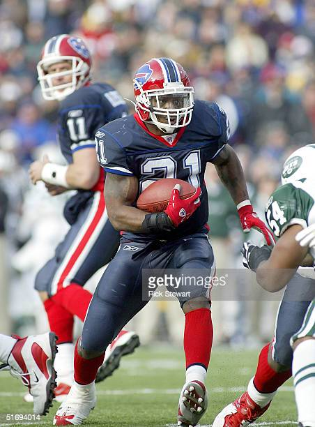 Willis McGahee of the Buffalo Bills runs against the New York Jets on November 7 2004 at Ralph Wilson Stadium in Orchard Park New York