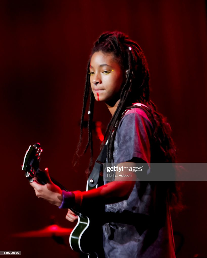 Willow Smith performs at NYX Professional Makeup's 6th annual FACE Awards at The Shrine Auditorium on August 19, 2017 in Los Angeles, California.